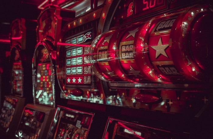 Hedelmäpelit kuvan Casinolla
