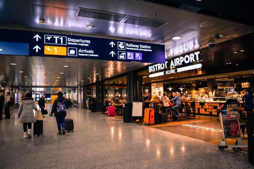 Kuva lentokentän terminaalista